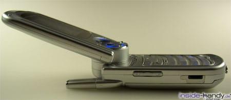 Samsung SGHP730 - seitlich aufgeklappt