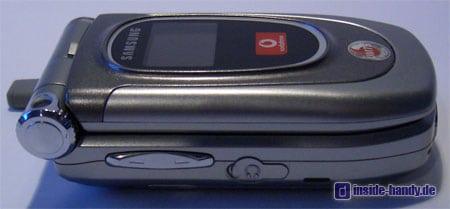 Samsung SGH-Z105 : Seitenansicht