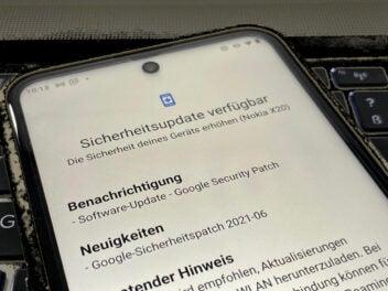 Sicherheitsupdate für ein Nokia-Smartphone wird angezeigt