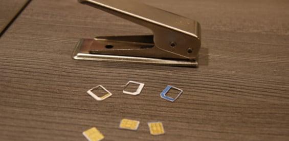 sim karte zuschneiden lassen SIM Karte selber stanzen: So funktioniert es ohne Beschädigung