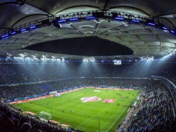 Sky zeigt weiterhin die Bundesliga und muss ordentlich dafür bezahlen