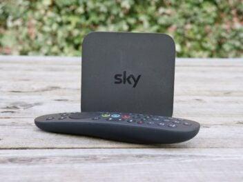 Der Sky Q IPTV mit Fernbedienung