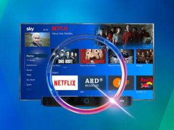 Sky Q mit Netflix auf einem Fernseher vor einem blauen Hintergrund