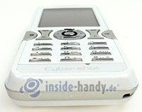 Sony Ericsson K550i: Draufsicht unten