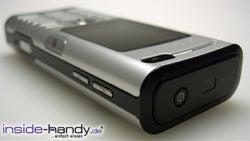 Sony Ericsson K600i - schräg liegend
