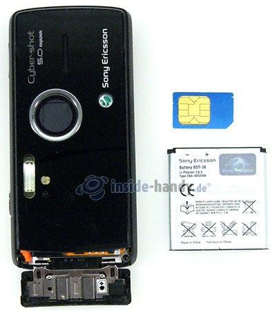 Sony Ericsson k850i: offenes Gerät hinten
