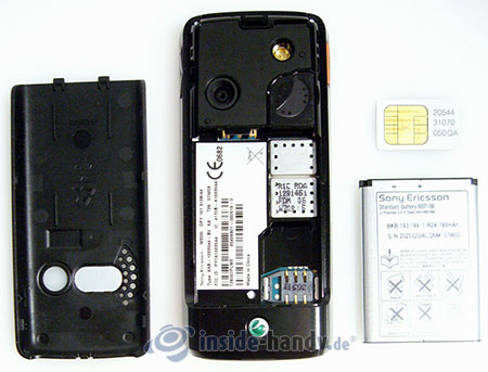Sony Ericsson W200i: zerlegt in Bestandteile