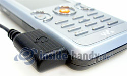 Sony Ericsson W610i: Anschlussstelle
