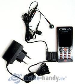 Sony Ericsson W880i: Angeschlossenes Zubehör