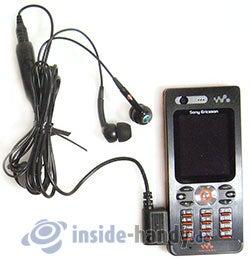 Sony Ericsson W880i: mit Headset