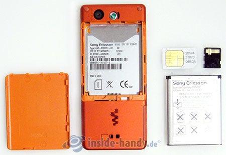 Sony Ericsson W880i: zerlegt in Bestandteile