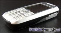 Sony-Ericsson K700i - schräg liegend