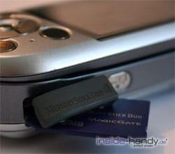SonyEricsson S700i - Speicherkarten Einschub