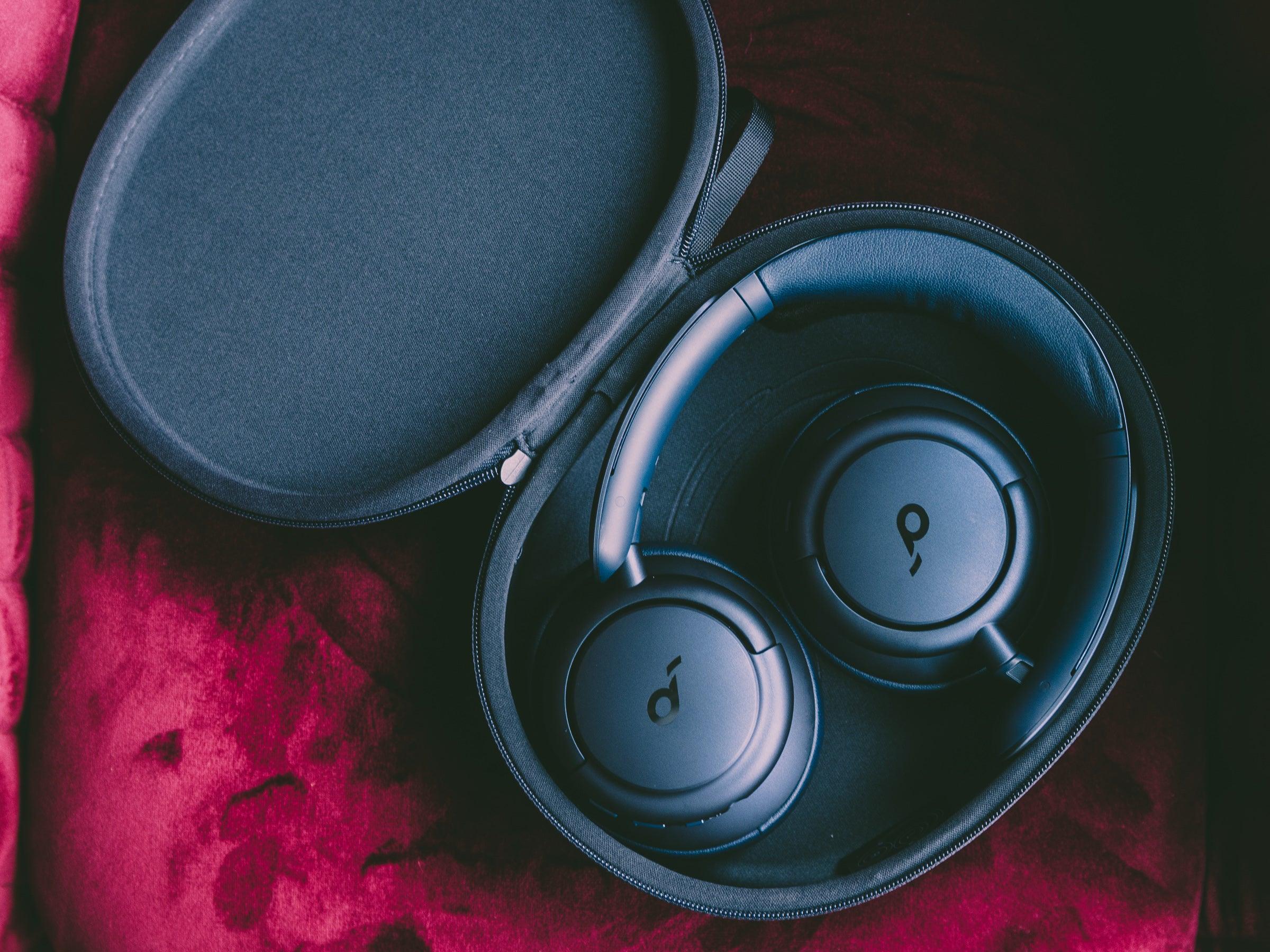 Die Soundcore Life Q35 kommen in einem tollen und stabilen Case