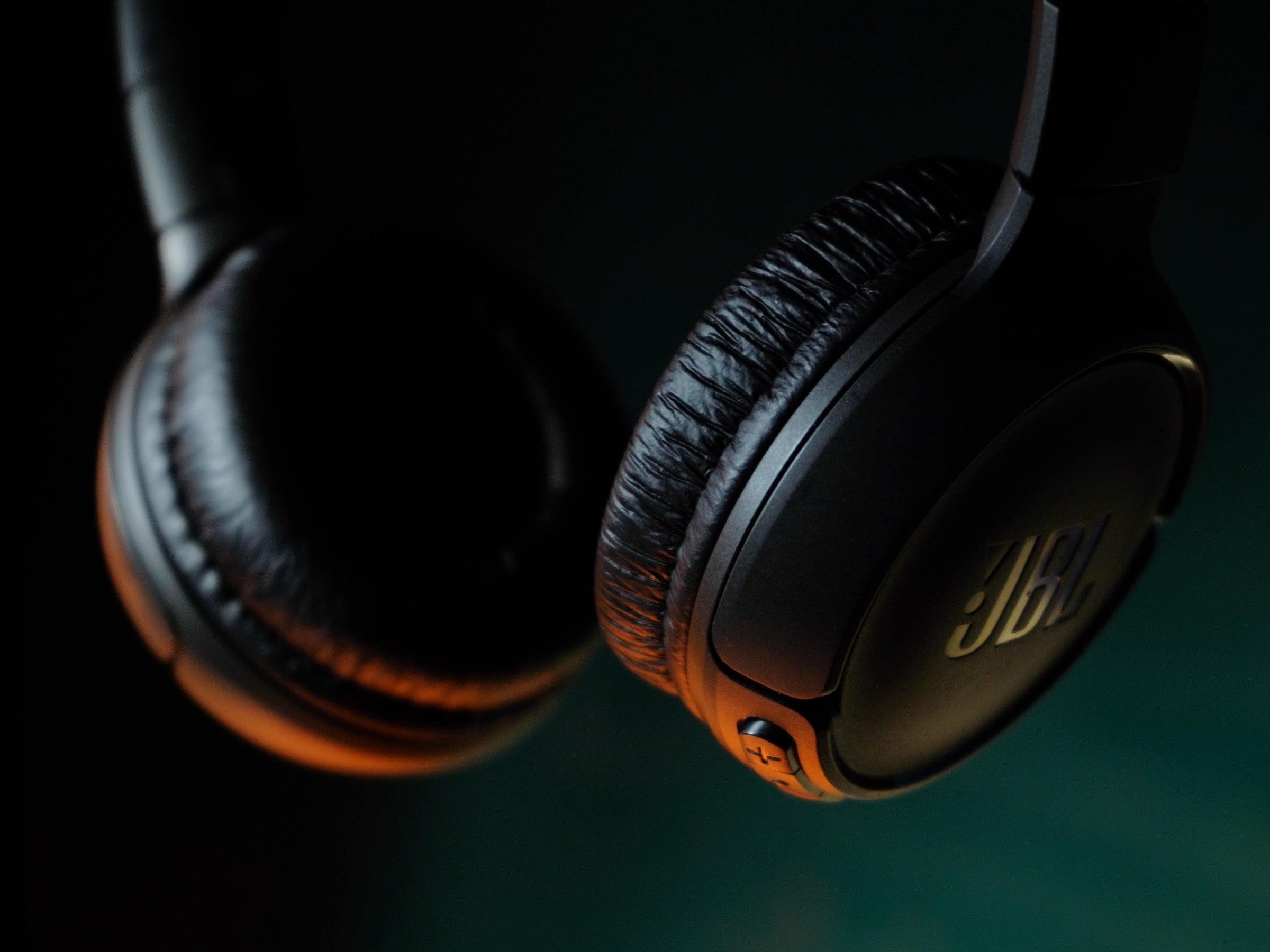 Stiftung Warentest überrascht: Diese Kopfhörer für 70 Euro sind genauso gut wie das Sony-Spitzenmodell für 350 Euro - inside digital