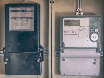 Stromzähler alt und neu
