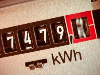 Stromzähler misst den Stromverbrauch in kWh