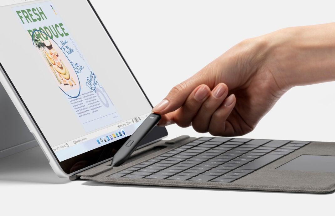 Der neue Surface Slim Pen 2