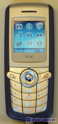 Tchibo (TCM) Foto-Handy - Frontalansicht mit Beleuchtung