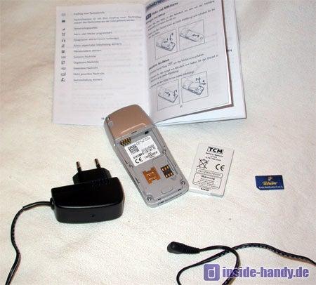 Tchibo (TCM) Kompakt Handy - Lieferumfang