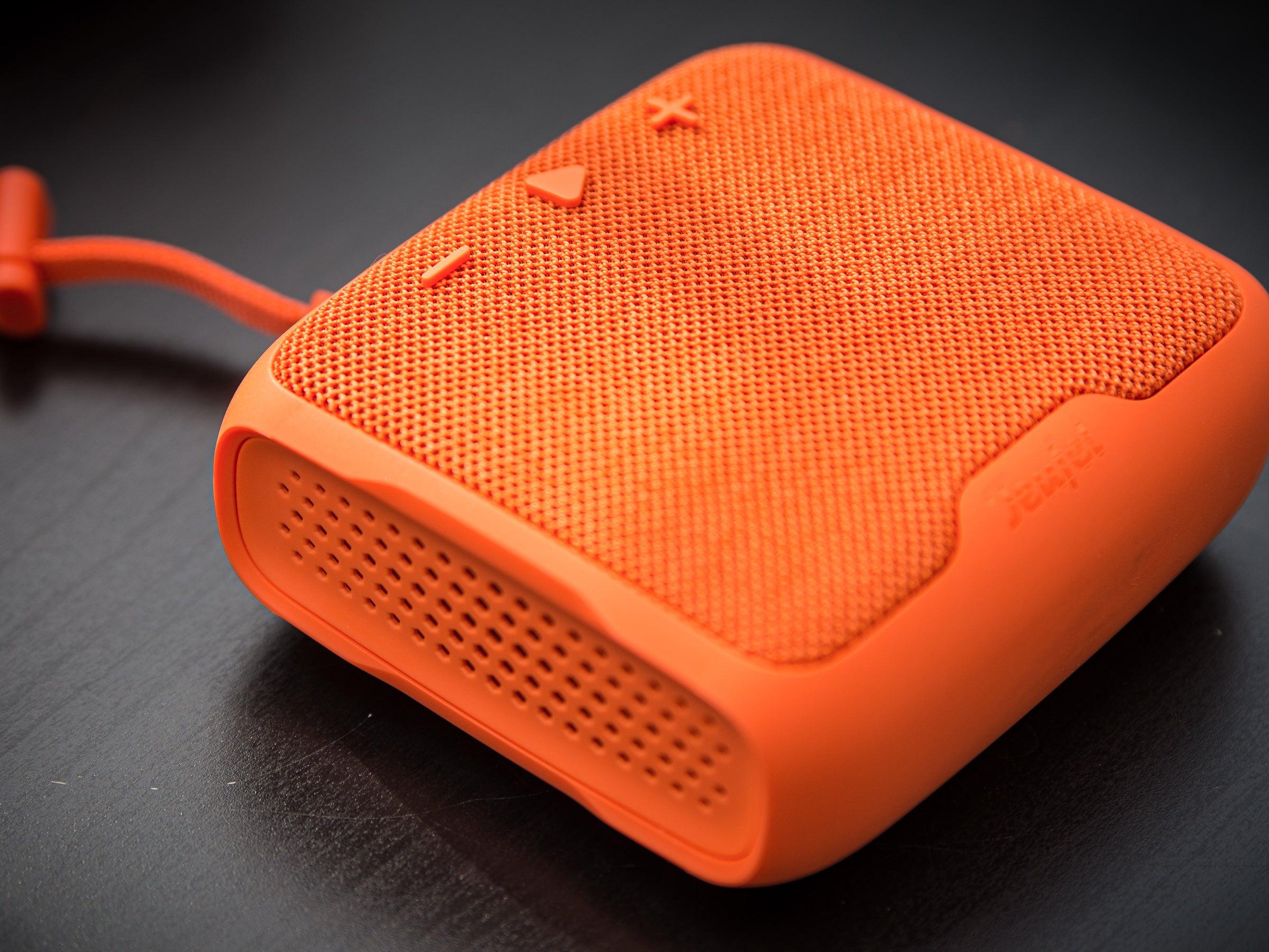 In der Farbe Orange ist der Teufel Boomster Go ziemlich auffällig