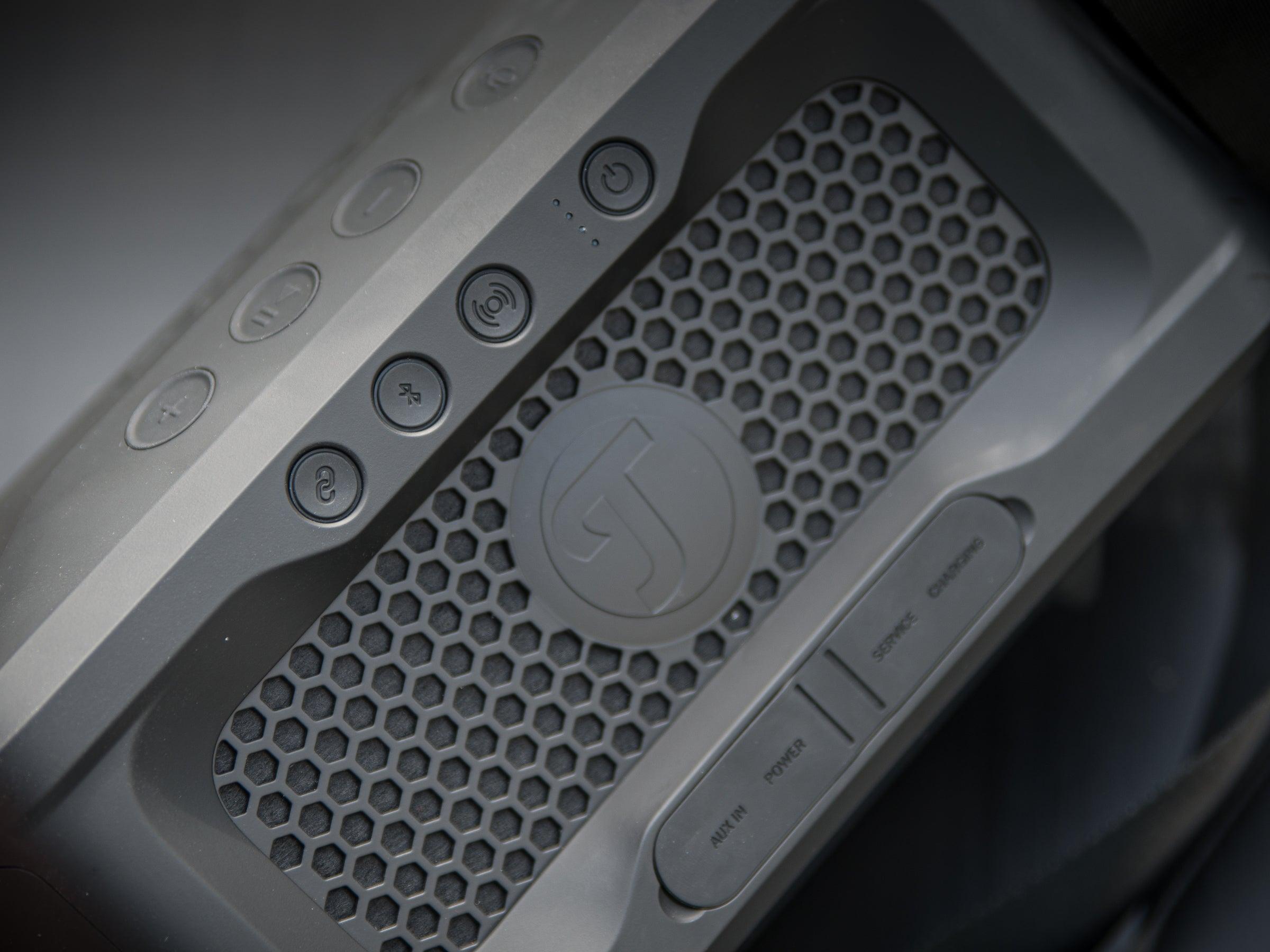 Die Bedienelemente des Lautsprechers