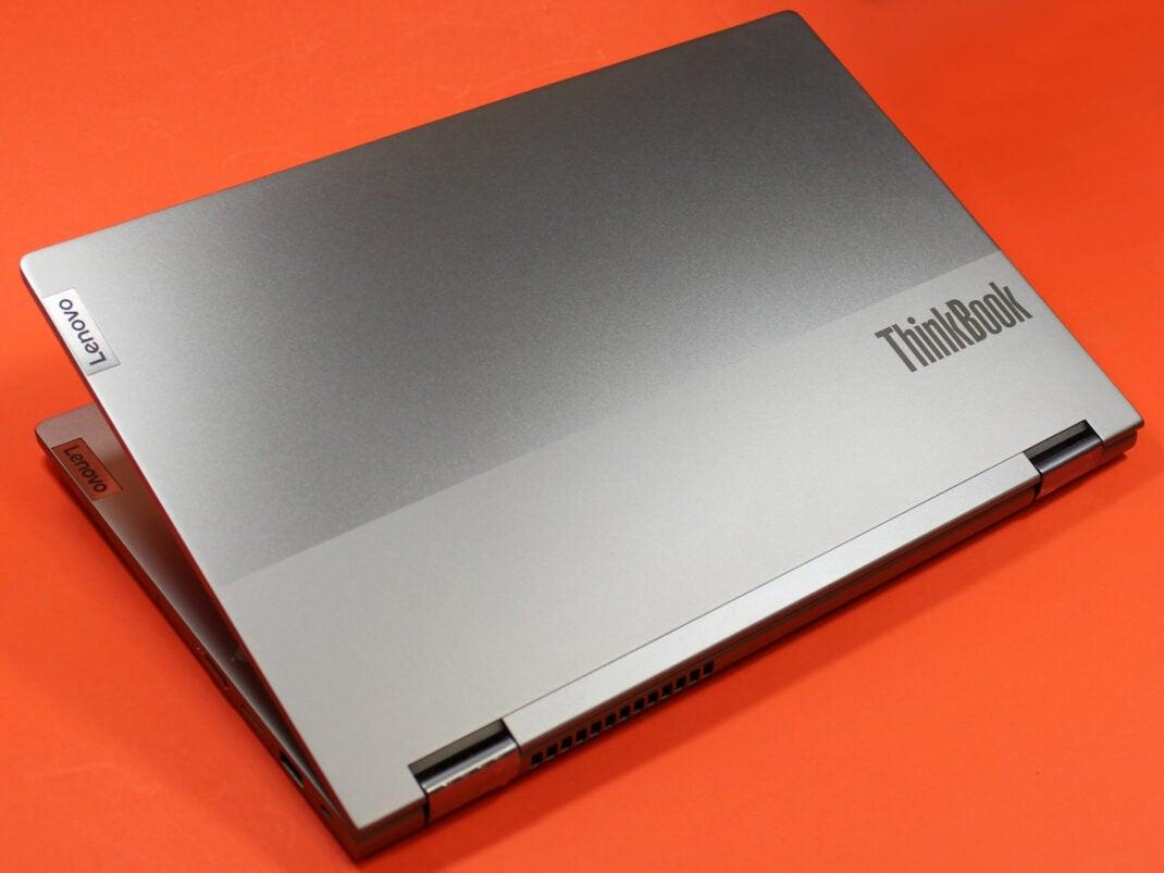 Deckel des Lenovo Thinkbook 14s