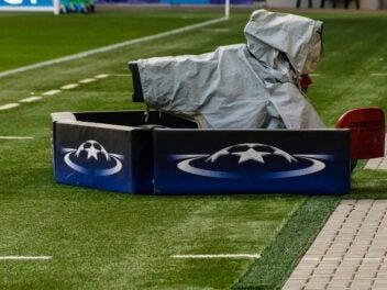 Champions League Kamera in einem Fußball-Stadion