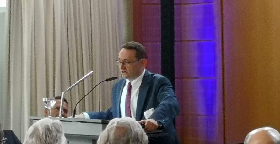 Ulrich Lange beim Gigabit-Symposium