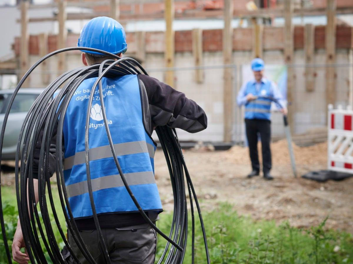 Unitymedia Arbeiter beim Glasfaserausbau