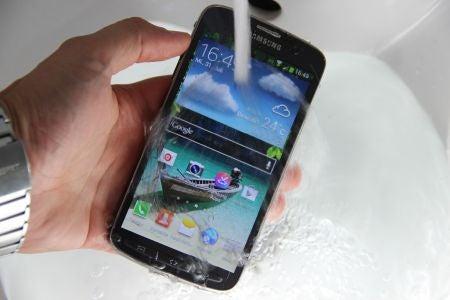 Unkaputtbar: Outdoor-Smartphones