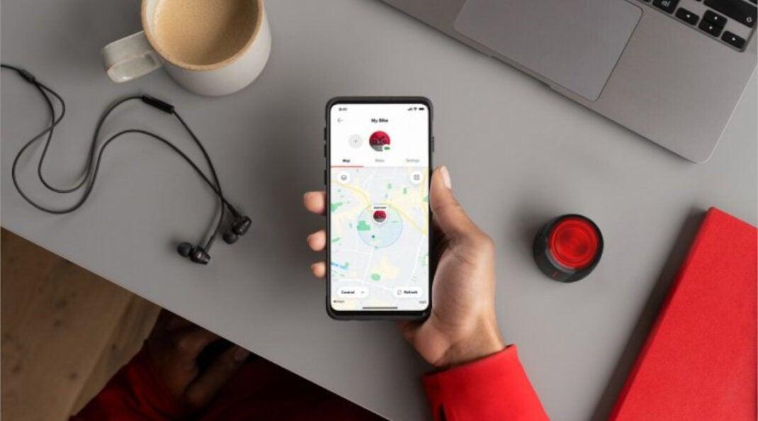 Vodafone Curve Fahrradlicht und GPS-Tracker