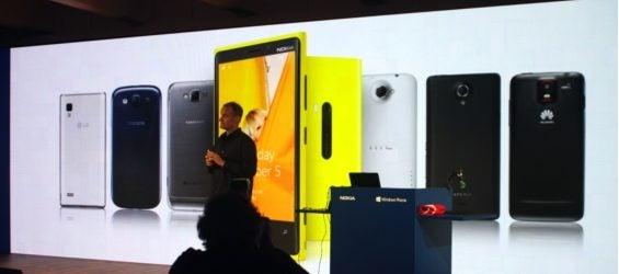 Vorstellung des Nokia Lumia 920 und 820