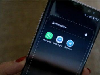 WhatsApp, Telegram und Facebook Messenger auf einem Smartphone