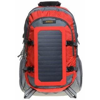 Der XTPower SP07BL Solarrucksack von vorn in rot-orange mit Solarpanels